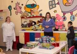A Veszprém Megyei Csolnoky Ferenc Kórházba vittük a játékokat