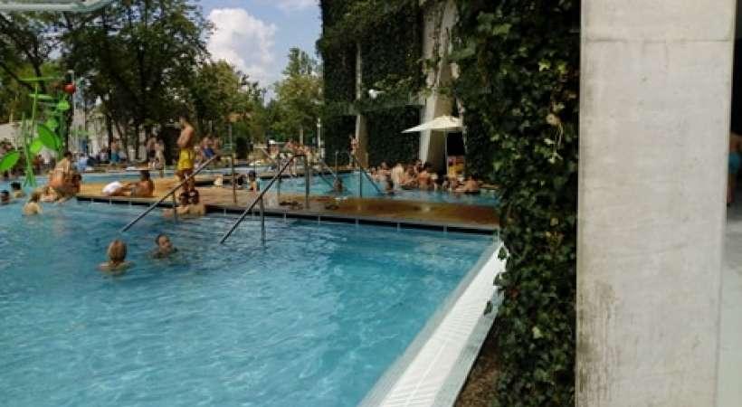 Debrecen új strandja, az Aquaticum - medence